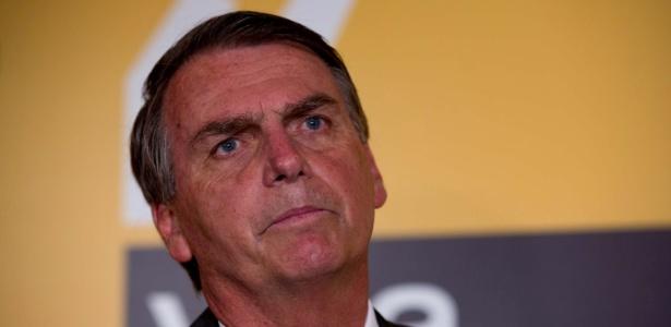 Na visão de Bolsonaro, o fim do foro serviria para que os políticos ganhassem tempo e pudessem recorrer por anos até seus processos chegarem à última instância
