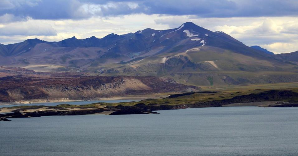 Nos Andes | Solo em lagoa no Chile está se erguendo. É um supervulcão?