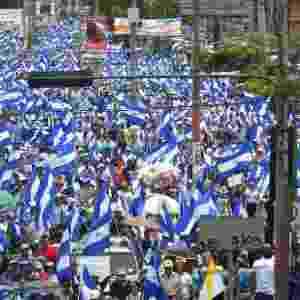 """12.jul.18 - Milhares de nicaraguenses protestam na marcha """"Unidos somos um vulcão"""" - Marvin Recinos/AFP"""