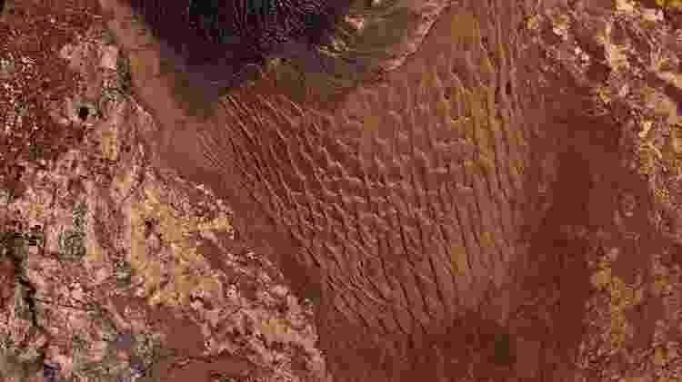 11.jul.2019 - Imagem do satélite CBERS4 mostra dunas 50 metros de altura e até 1000 de diâmetro em San Juan, na Argentina - Oton Barros (DSR/OBT/INPE) - Oton Barros (DSR/OBT/INPE)