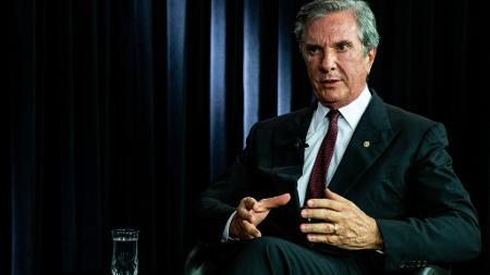 O senador e ex-presidente Fernando Collor de Mello (Pros-AL), em entrevista ao UOL e à Folha, em Brasília - Kleyton Amorim/UOL