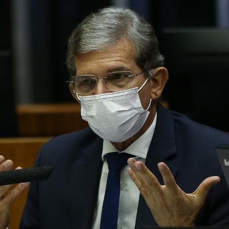 Joaquim Silva e Luna disse que considera alternativas que permitam à Petrobras suavizar reajustes sem afetar caixa da companhia - Pedro Ladeira/Folhapress