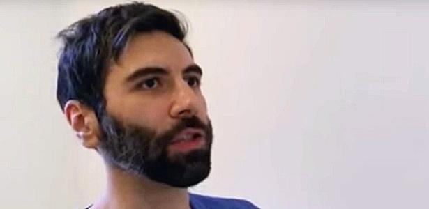"""Americano Daryush Valizadeh,36, se descreve como um """"neomachista"""" que acredita que os homens estão sob um cerco feminista"""