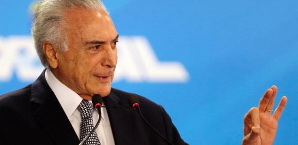 O presidente Michel Temer dá posse aos novos ministros no Palácio do Planalto