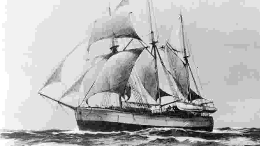 """O Fram, navio do aventureiro norueguês Fridtjof Nansen, foi pego em """"água morta"""" nas águas do Ártico em 1893 - Getty Images"""