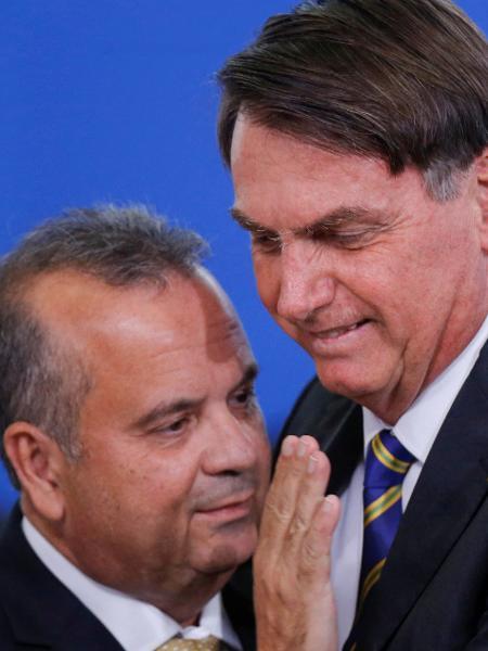 Presidente Jair Bolsonaro ao lado do ministro do Desenvolvimento Regional, Rogério Marinho - ADRIANO MACHADO