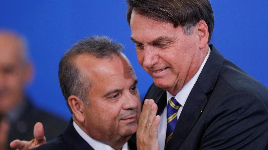 Presidente Jair Bolsonaro ao lado do ministro do Desenvolvimento Regional, Rogério Marinho, durante cerimônia em Brasília (DF) - ADRIANO MACHADO