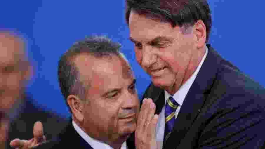 O presidente Jair Bolsonaro e o ministro do Desenvolvimento Regional, Rogério Marinho, durante lançamento do Programa Casa Verde e Amarela - ADRIANO MACHADO