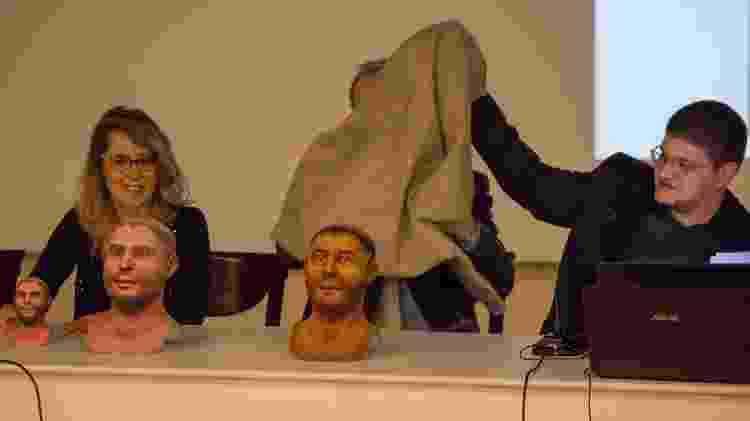 O designer brasileiro Cicero Moraes revela o busto 3D de Santo Antônio, em 2014 - Giovanni Pinton/ Messaggero di Sant'Antonio / Acer - Giovanni Pinton/ Messaggero di Sant'Antonio / Acer