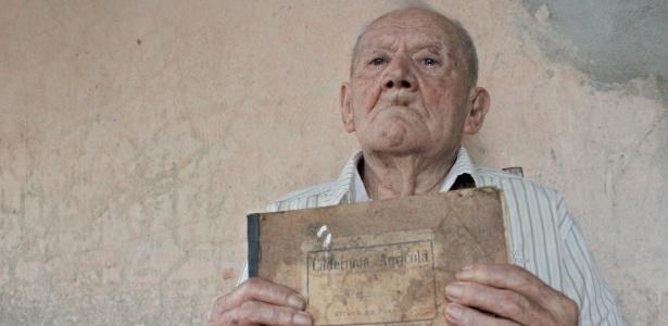 Armindo José de Souza: nascido em 1902, aposentado em 1976, vontade de trabalhar