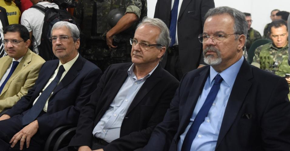 Ministro Antonio Imbassahy, governador do ES, Cesar Colnago, e ministro Raul Jungmann se reúnem em Vitória após acordo para fim de paralisação de PMs não funcionar
