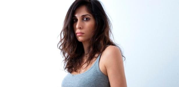 A cantora e compositora libanesa Yasmine Hamdan lançará seu segundo álbum - Divulgação