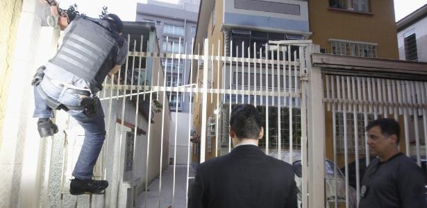 30.ago.2018 - MP faz operação contra quadrilha especializada em extorsões no Rio - Severino Silva/Agência O Dia/Estadão Conteúdo