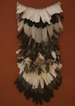 Réplica de manto que é do Museu Nacional e está na exposição em Brasília