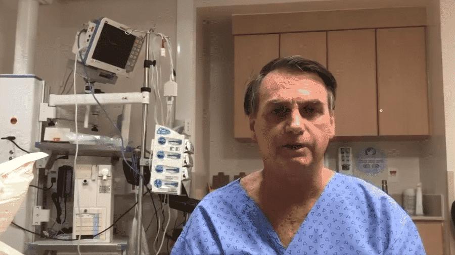O presidente Bolsonaro gravou um vídeo dentro do hospital neste domingo, véspera da cirurgia - Reprodução