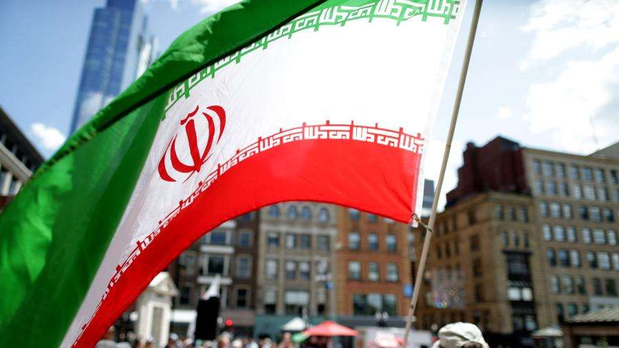 Imagem da bandeira do Irã - Jonathan Wiggs/The Boston Globe via Getty Images