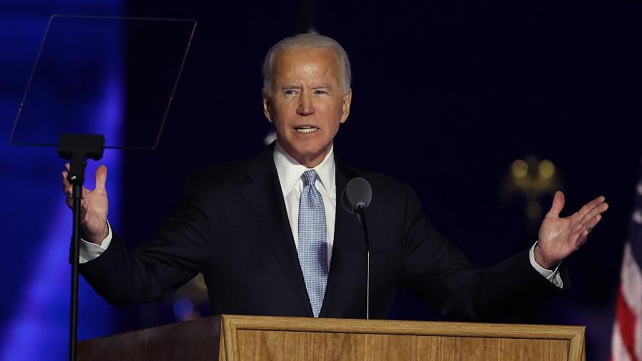 O presidente eleito dos EUA, Joe Biden, discursa em Wilmington, Delaware, após ser declarado vitorioso nas eleições - Tasos Katopodis/Getty Images