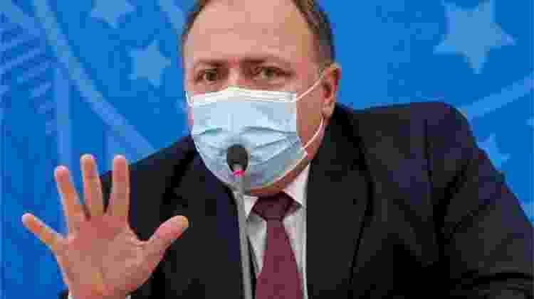 Ministro da Saúde, o general Eduardo Pazuello, tem criticado os laboratórios por solicitarem a isenção de responsabilidade - Reuters - Reuters