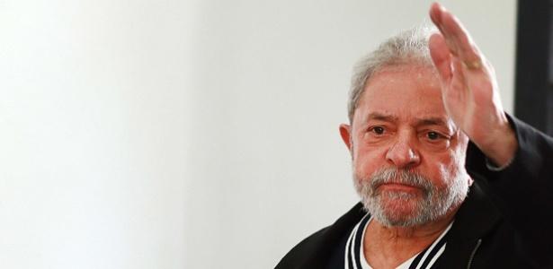 A primeira iniciativa concreta será propor a convocação de Lula para depor em CPI