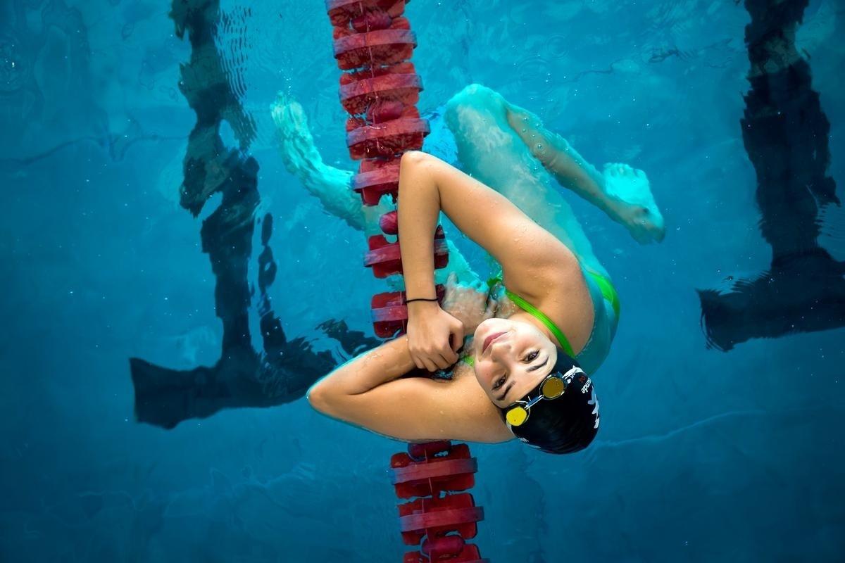 Yusra, refugiada síria vivendo na Alemanha, espera se classificar para competir nos jogos olímpicos deste ano aqui no Brasil