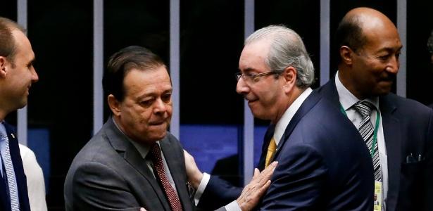 Eduardo Cunha com Jovair Arantes (esq.) na Câmara, nessa sexta (15)