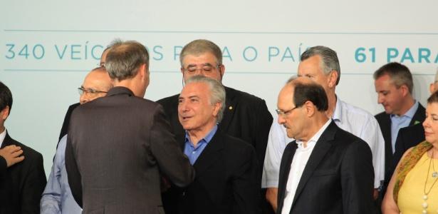 O presidente da República, Michel Temer (centro), acompanhado do governador do Rio Grande do Sul, José Ivo Sartori (à direita)