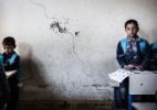 """""""Nos ensinaram a decapitar uma pessoa"""", diz garoto que viveu sob domínio do EI - Andy Spyra/Der Spiegel"""