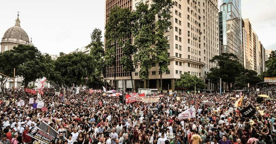 Estudantes participam de ato contra a reforma da Previdência no centro do Rio, em março de 2017