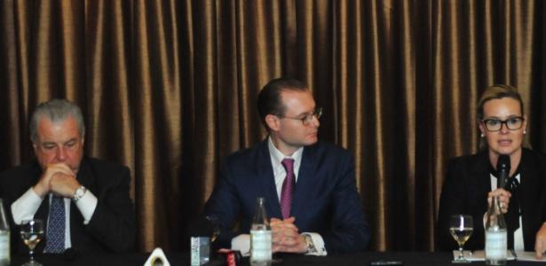 Os advogados José Roberto Batochio, Cristiano Zanin Martins e Valeska Teixeira são defensores do ex-presidente Lula