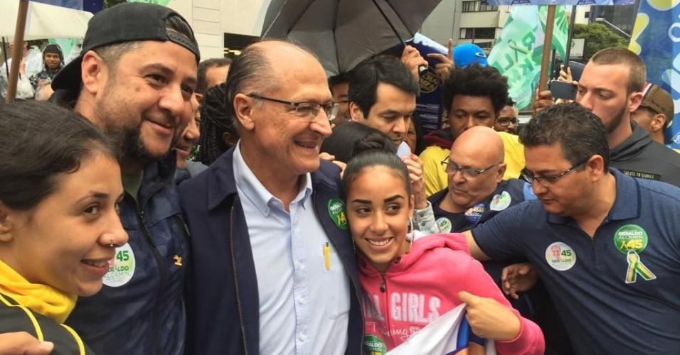 Geraldo Alckmin encontra simpatizantes em São Paulo