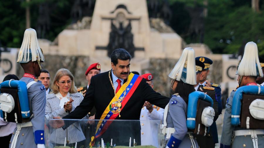 Feito logístico mostra uma das maneiras pelas quais governo de Maduro tenta contornar sanções financeiras dos EUA - Palácio de Miraflores/Reuters