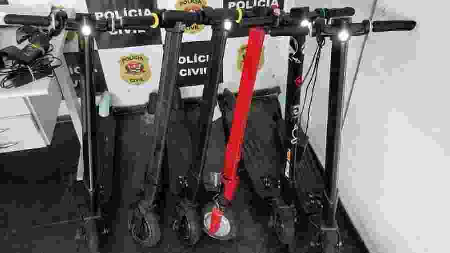 Patinetes recuperadas pela Polícia Civil em operação nesta quarta-feira - Polícia Civil/Divulgação