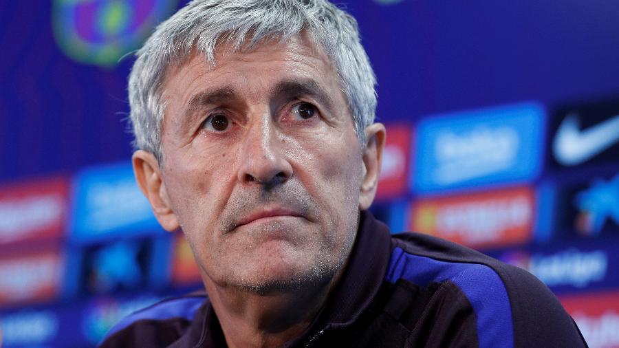 O Barcelona oficializou hoje a demissão do técnico Quique Setién após eliminação na Liga dos Campeões - ALBERT GEA