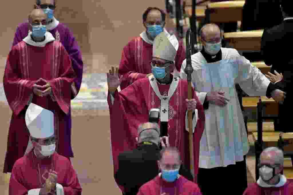 26.07.2020 - Missa na Sagrada Família, em Barcelona, homenageia vítimas de covid-19  - Pau Barrena/AFP