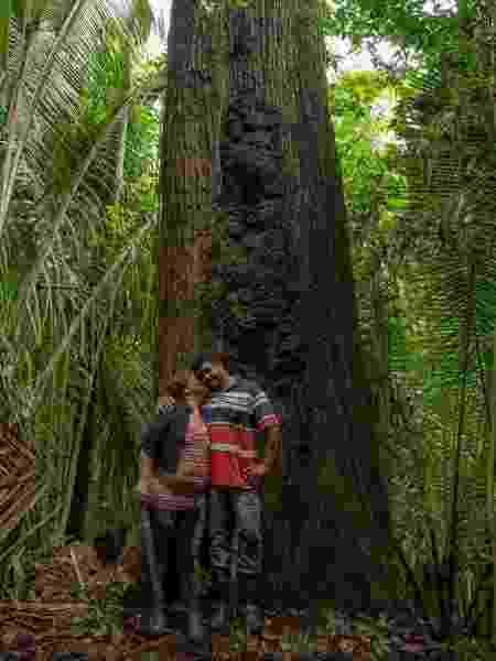 O casal Osvalinda Maria Marcelino Alves Pereira e Daniel Pereira em Trairão, Pará - Walter Guimarães