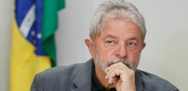 Lula espera que a presidente Dilma o defenda de forma explícita