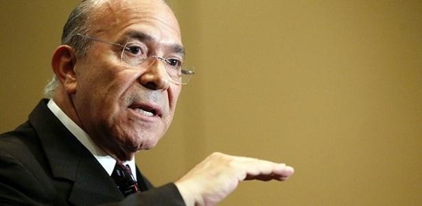 O ministro-chefe da Casa Civil, Eliseu Padilha, é acusado de cometer crime ambiental