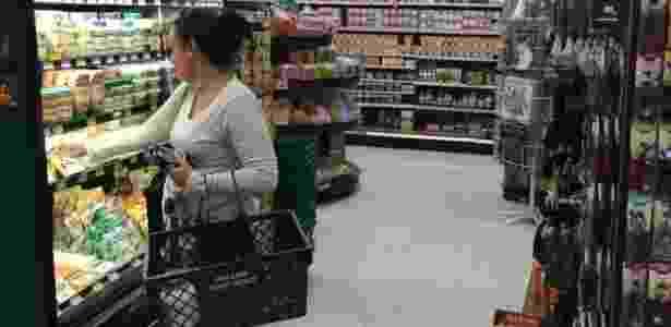 A empresa vende principalmente no atacado, mas ainda mantém um supermercado - Divulgação - Divulgação