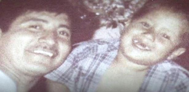 Óscar Alfredo Ramírez e quem ele acreditava ser seu pai, Óscar Ovidio Ramírez Ramos  - Finding Oscar FilmRise