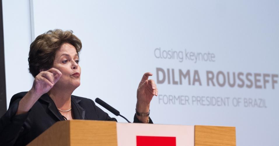 05.mai.2018 -- A ex-presidente Dilma Rousseff durante palestra em Londres