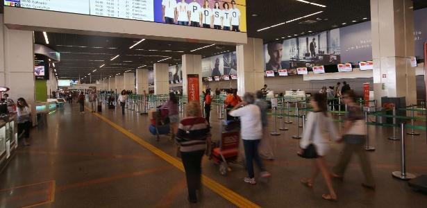 Movimentação tranquila no Aeroporto Internacional de Brasília Juscelino Kubitschek, na capital federal, no sexto dia da greve dos caminhoneiros - André Dusek/Estadão Conteúdo