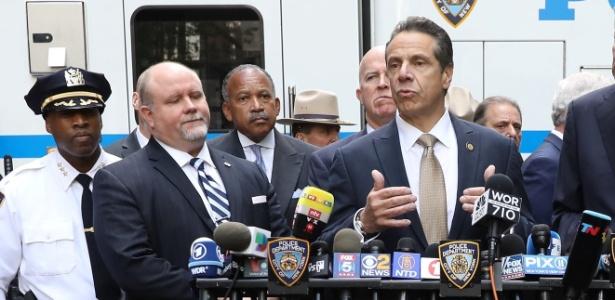 O governador de Nova York, Andrew Cuomo, fala sobre as ameaças de bombas - Kevin Coombs