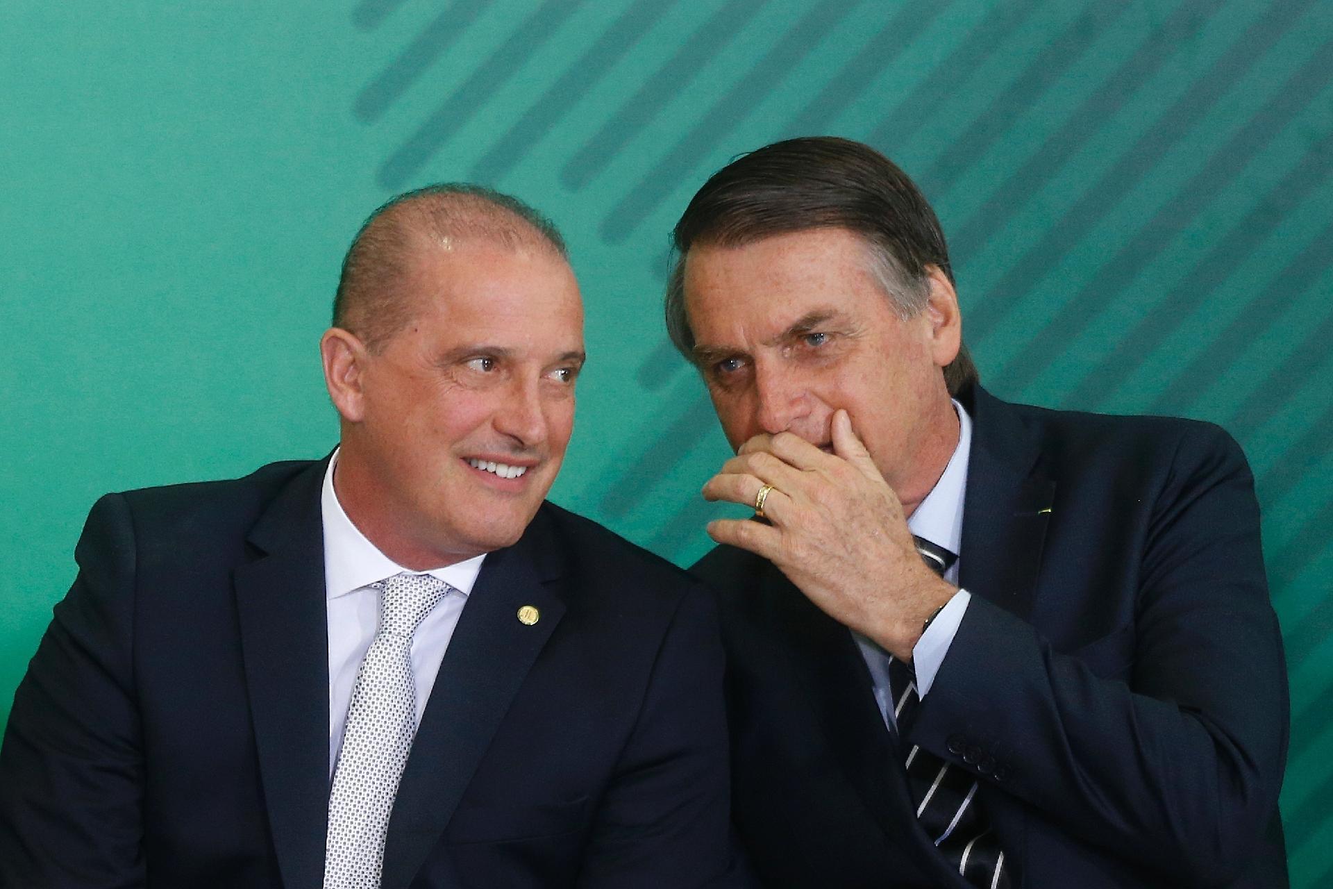 Resultado de imagem para Onyx insinua que Bolsonaro pode deixar o PSL e voltar para o DEM