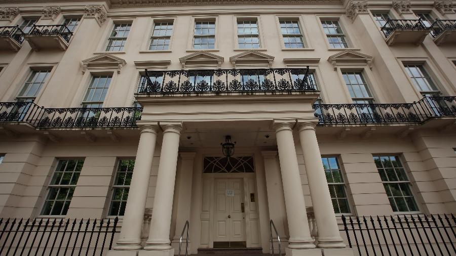 A mansão localizada na 2-8a Rutland Gate, com vista para o Hyde Park, em Londres, está à venda por 210 milhões de libras - Dan Kitwood/Getty Images