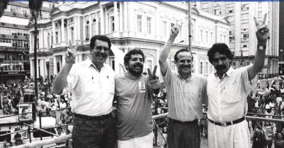 Tarso Genro comemora vitória na eleição municipal de 1992 junto a Lula e Olívio Dutra