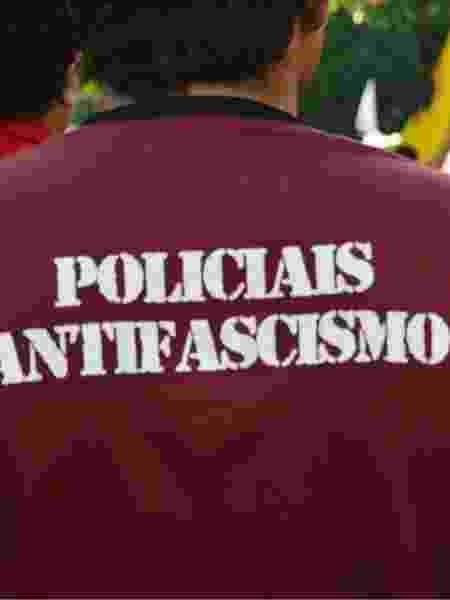 Policial do Rio Grande do Norte usa camiseta do grupo Policiais Antifascismo - Pedro Chê/Página do Facebook