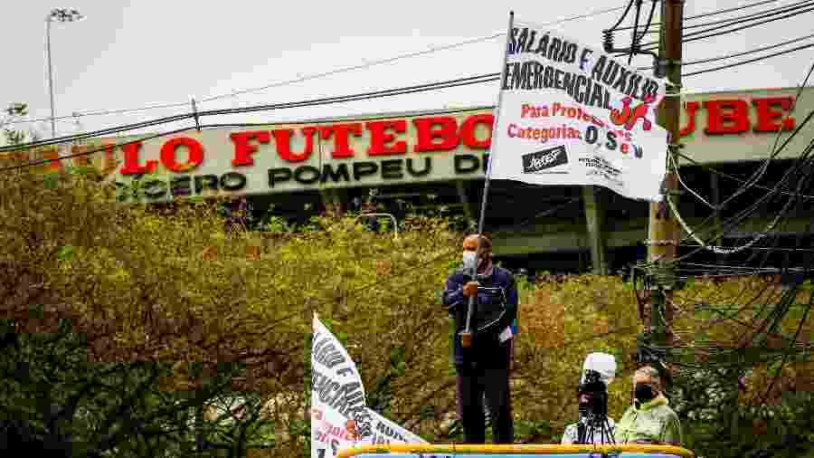Protesto rumou para o Palácio dos Bandeirantes, sede do governo paulista - Felipe Rau/Estadão Conteúdo
