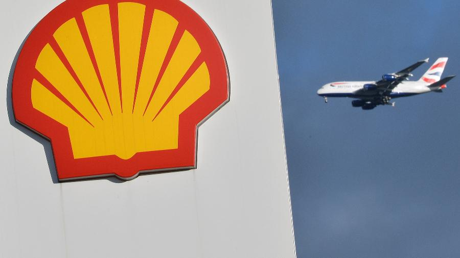 Logo da Shell em um posto em Londres - Toby Melville
