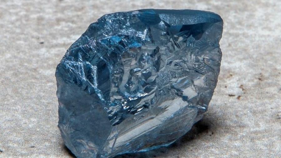 Diamante azul raro foi encontrado por mineradora britânica na África do Sul e vendido por US$ 40 milhões - Reprodução/ Instagram/ Petra Diamonds Limited