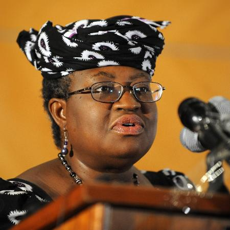 Ngozi Okonjo-Iweala afirmou que trabalhará para alcançar resultados concretos para abordar a dupla crise econômica e de saúde que abala o planeta - Pius Utomi Ekpei/AFP
